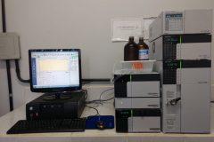 Equipamentos-Cromatografia-líquida-de-alta-eficiência
