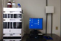 Equipamentos-Sistema-de-cromatografia-líquida-de-alta-eficiência